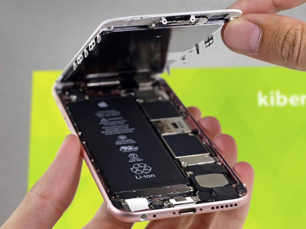 Открытый iPhone 6s