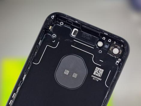 Задняя крышка iPhone 7
