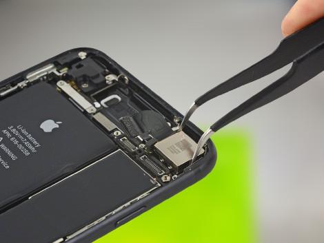 Замена камеры iPhone 7