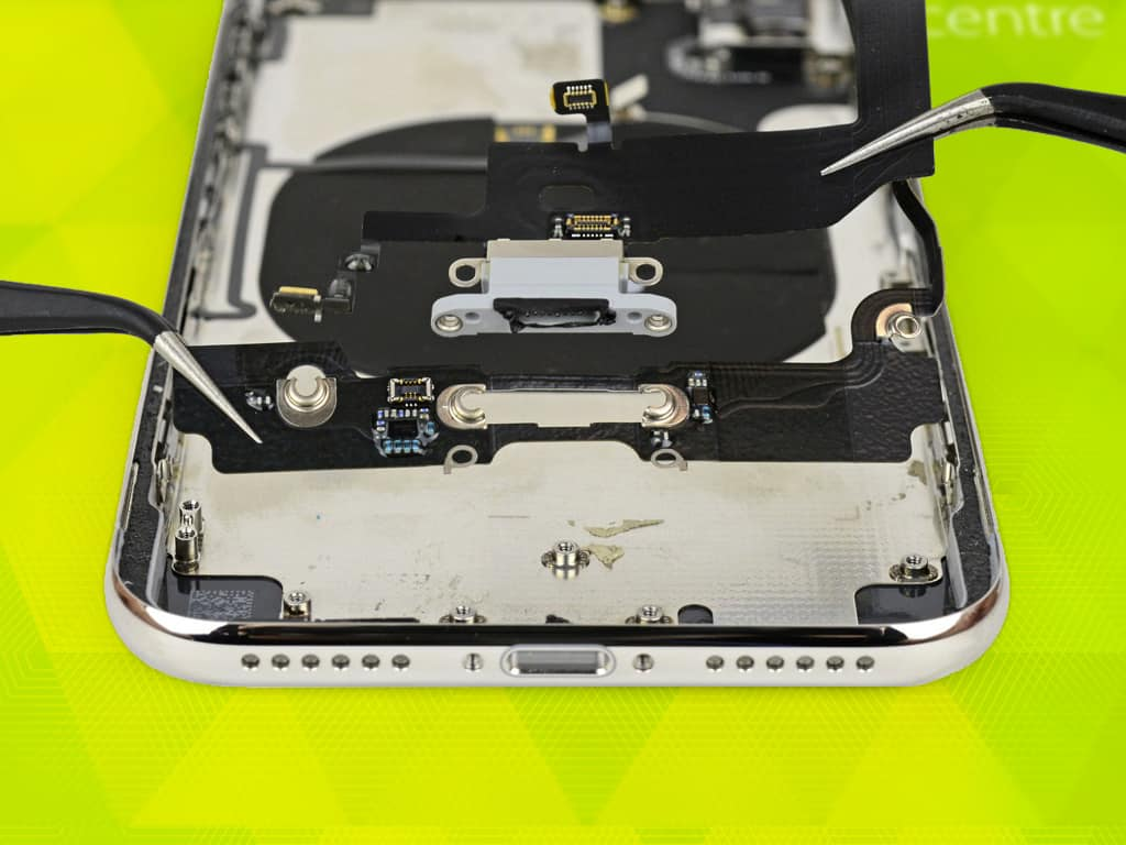 Разъем зарядки iPhone