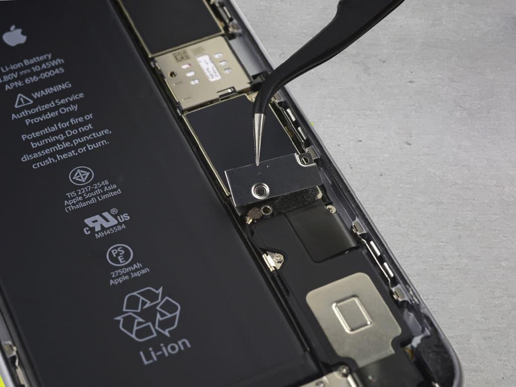 Демонтаж аккумулятора iPhone 6s Plus