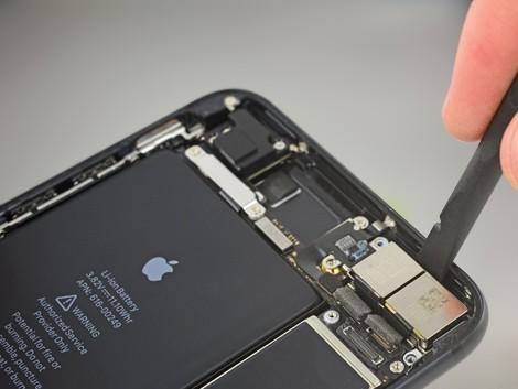 Замена камеры iPhone 7 Plus