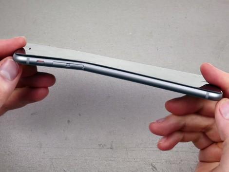 iPhone 6 погнулся
