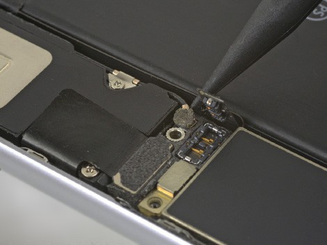 Удаление старого динамика iPhone 6s Plus | KiberCentre