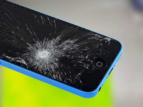 Разбито стекло iPhone 5c