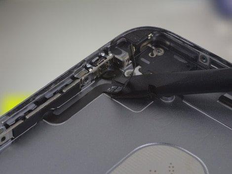 Установка нового корпуса на iPhone 6S Plus