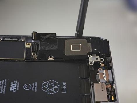 Демонтаж старого динамика iPhone 6s Plus