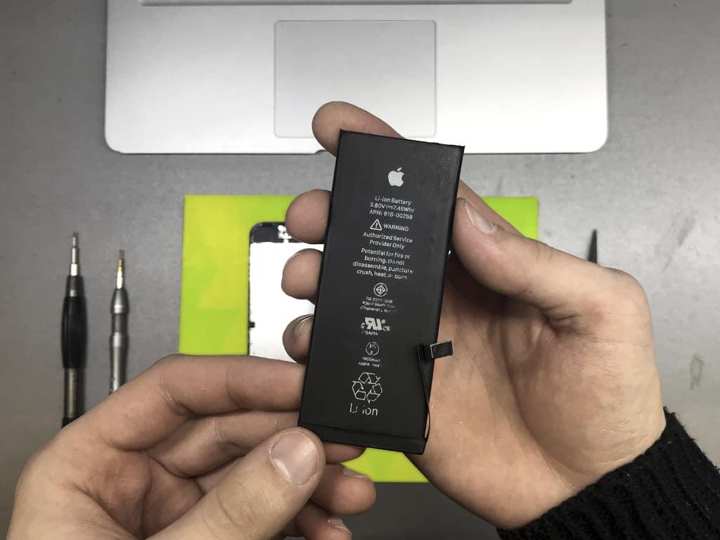 Аккумулятор iPhone 7