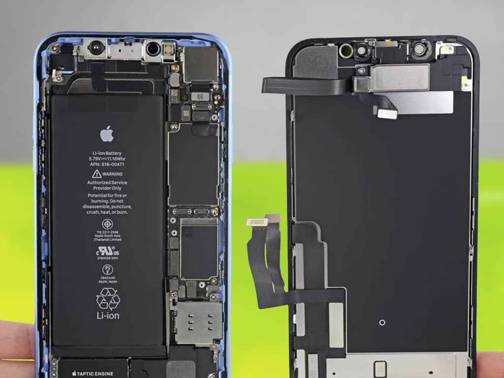 iPhone XR в разборе