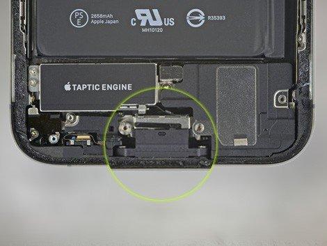 Разъем зарядки iPhone XR