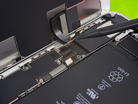 Замена дисплея iPhone 8 Plus