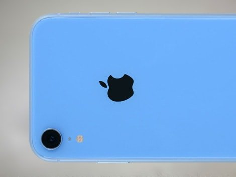 Задний корпус голубого цвета на iPhone XR