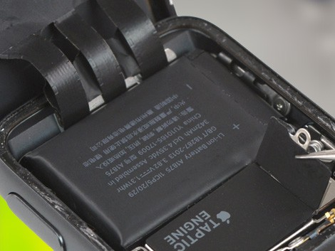 Замена аккумулятора Apple Watch 3