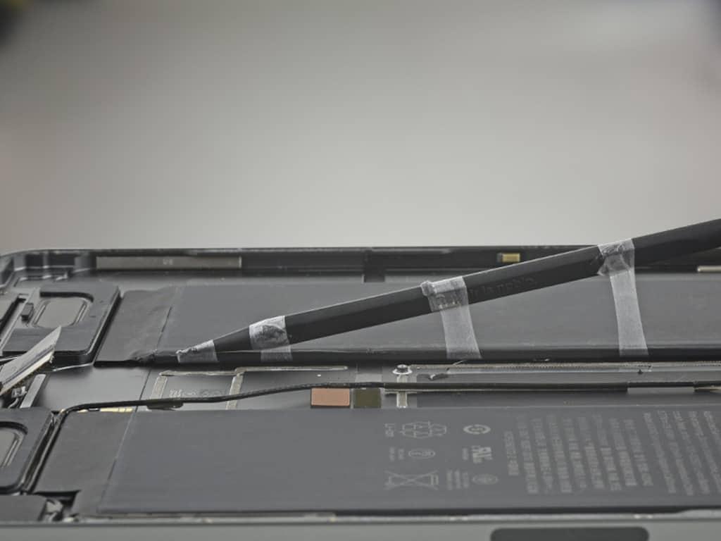 Установка нового аккумулятора iPad | KiberCentre