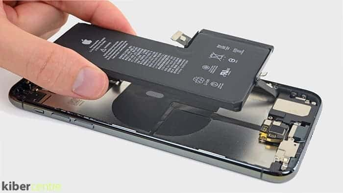 замена батарея на айфон 11 про