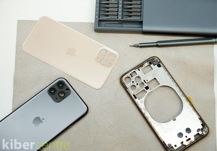 разобраный айфон 11 про