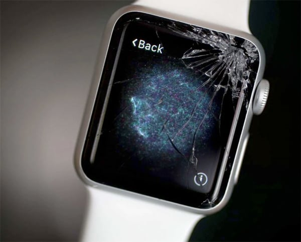 Треснутое стекло эппл вочт