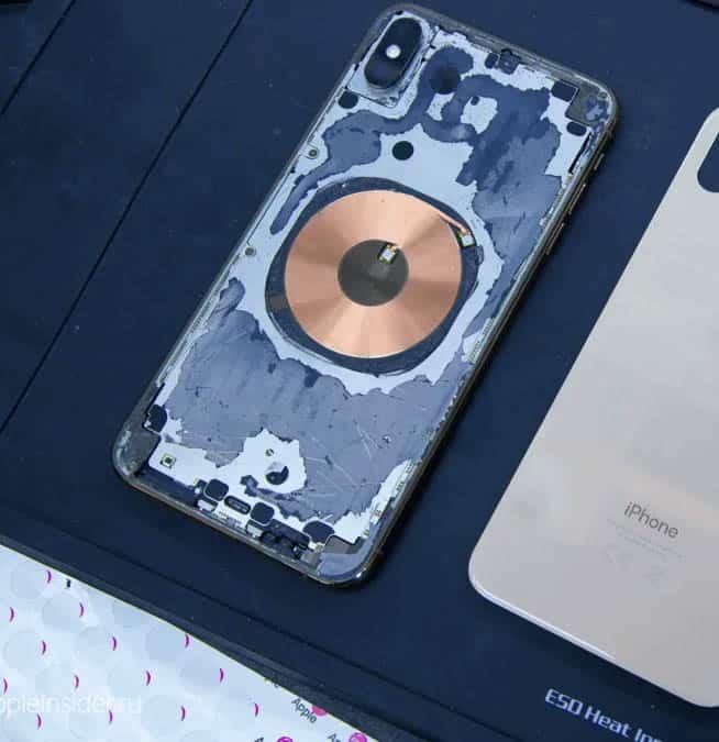 Разбитое заднее стекло iPhone 12 Pro max